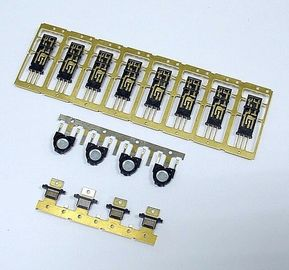 Πλαστικό με τα μέρη Overmold φορμών εγχύσεων ενθέτων μετάλλων του συνδετήρα