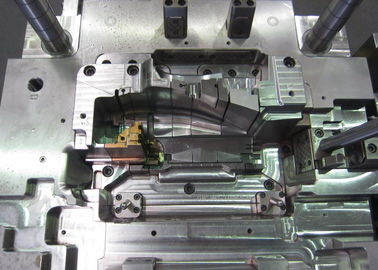 Η πλαστική σχηματοποίηση εγχύσεων φορμάρει το πρωτότυπο με το μέρος στο πιάτο αβ κανένας μεμονωμένοι κοιλότητα και πυρήνας